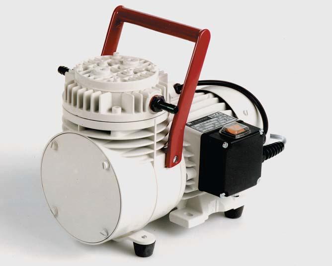 N035.1.2AT.18 Vacuum Pump Ip20-T 230V/50Hz Uk Plug